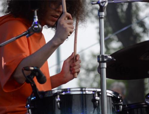 Неди и барабаните